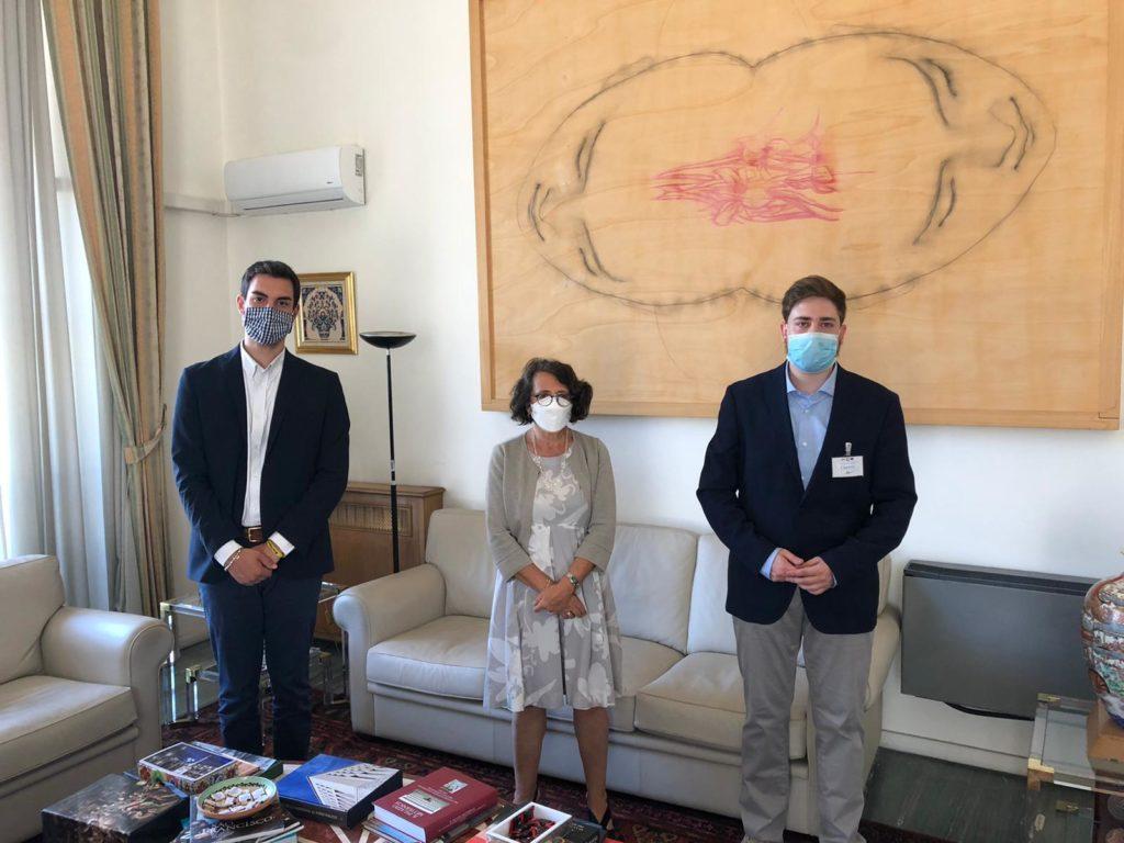 Regeni, Dall'Oglio, Libia, Hong Kong. Intervista alla viceministra Sereni
