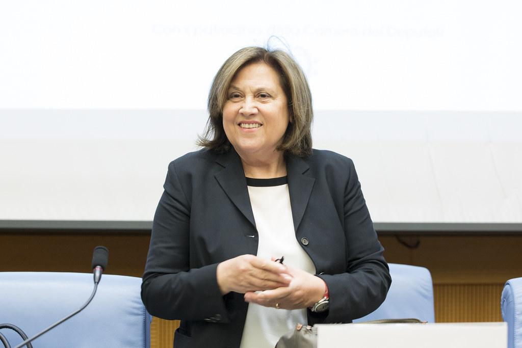 Alessandra Galloni conquista Reuters, l'Italia resta a guardare