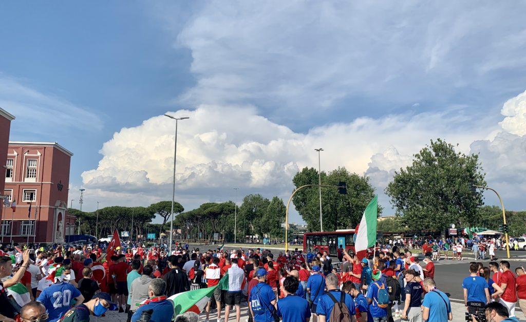 «Italia-Turchia, brothers»: Roma abbraccia l'Europeo